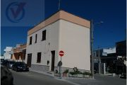 Villetta indipendente su tre livelli a Castro.